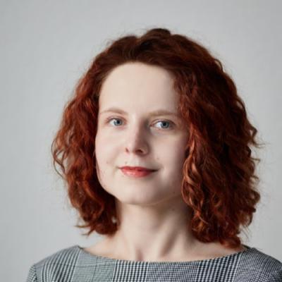 Алена Хлызова